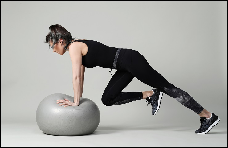 yoga ball benefits In Aiding Weight Loss